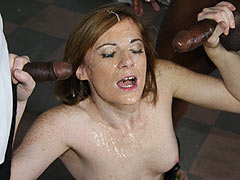 Allison Wyte gets facialed by hung blacks