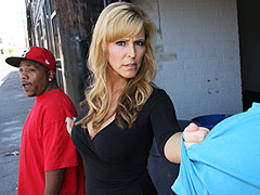 blonde mother Nicole Moore gets banged by a fat dong