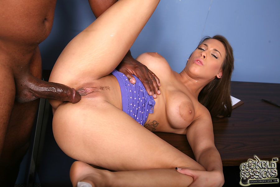Cuckold Sessions - Natasha Vega